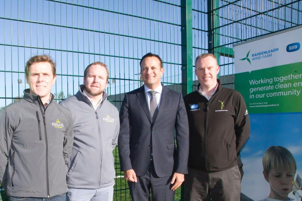 Picture of An Taoiseach and Coillte staff at Ballyfad Community Centre